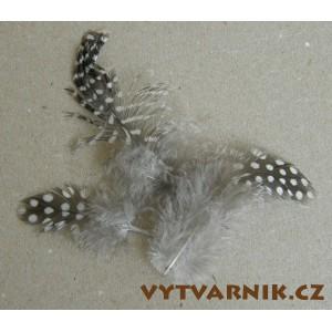 Peří Perlička natur -10 ks